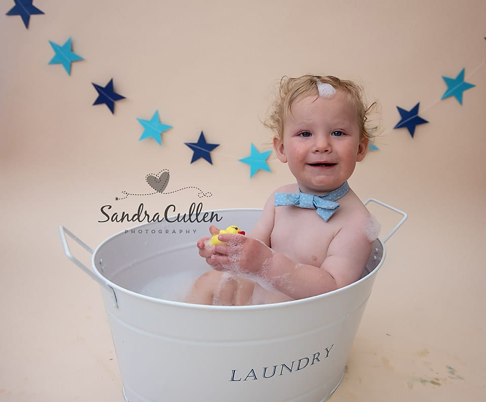 Oliver's cake smash session with Sandra Cullen Photography